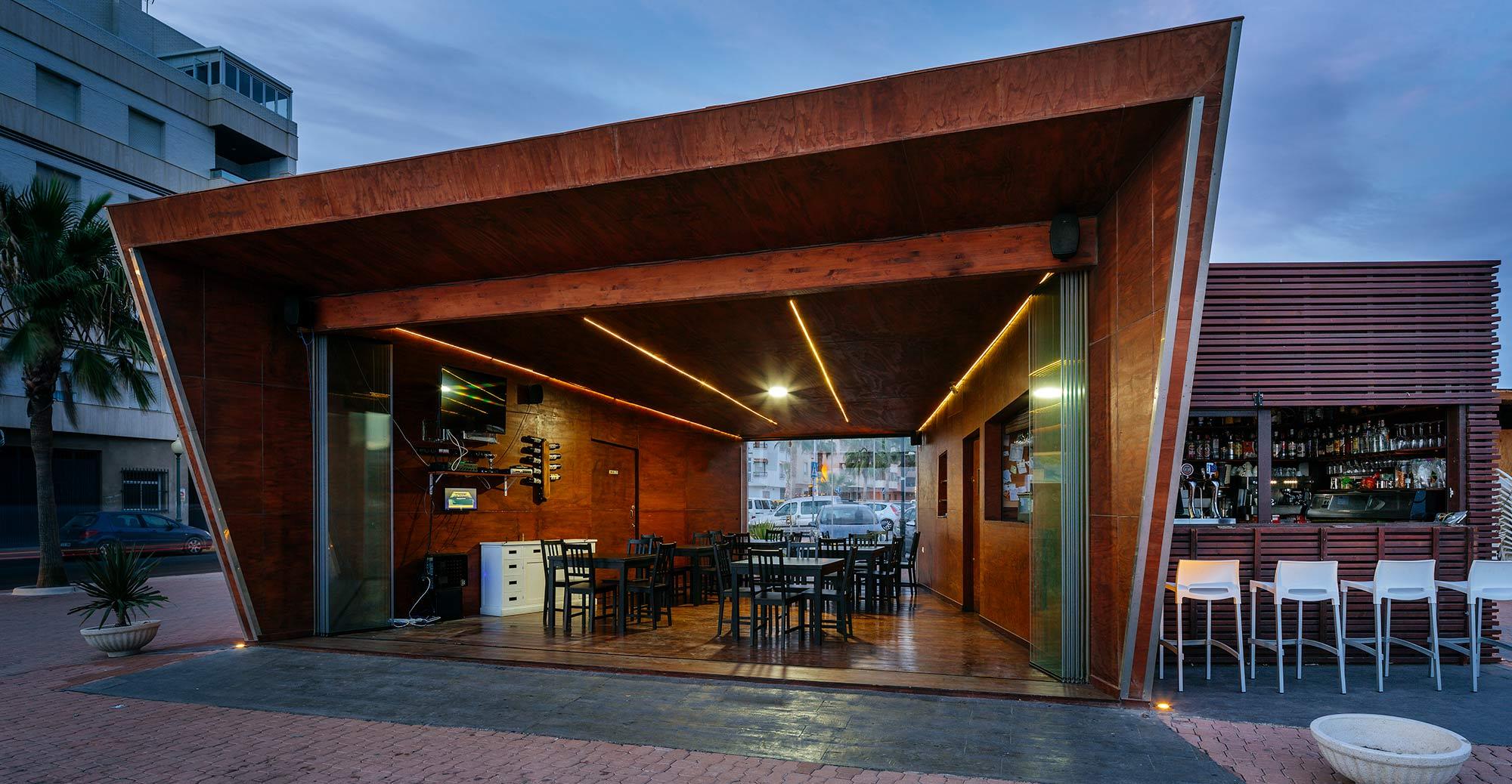 Xiringoscopio_-Adra_-Arquitectura-_-EXarchitects_15