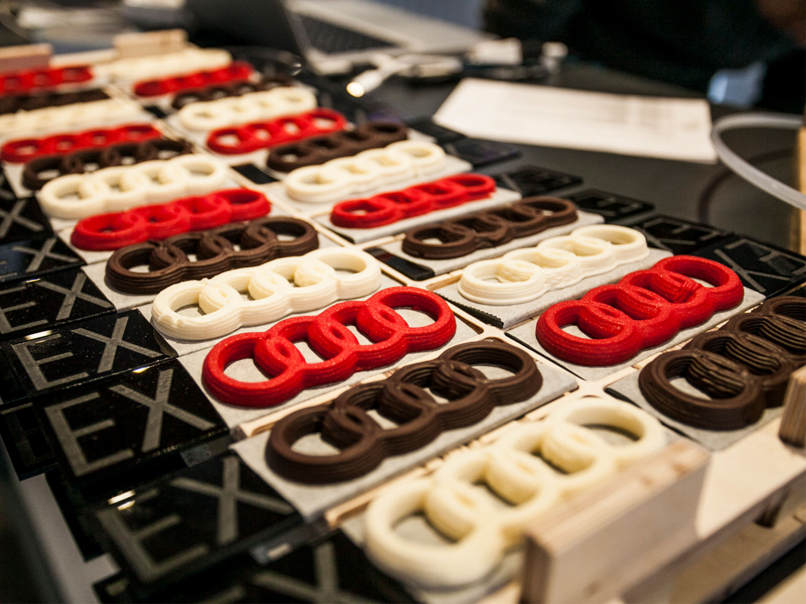 Conferencia sobre impresión 3d comestible dada por EXarchitects para el evento de presentación del Audi e-tron