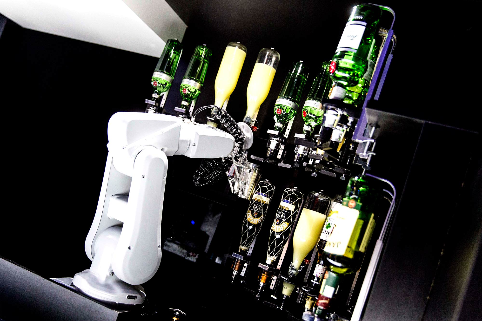 bar-robotizado_-techlab-_-EXarchitects_13