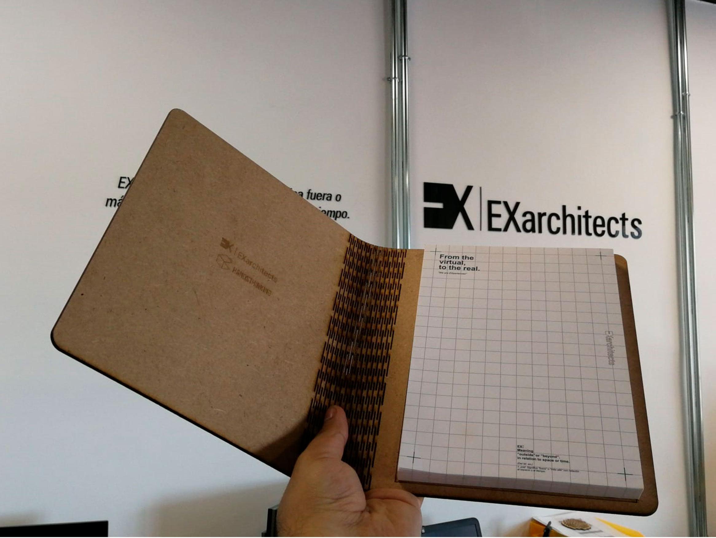 Libreta hecha con Kerfing por EXarchitects para Hands Thinking 2020