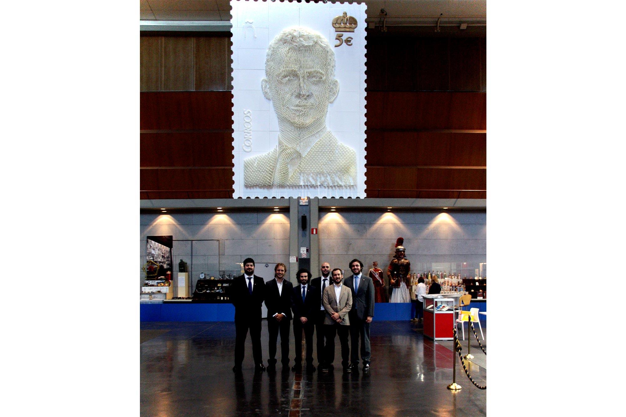 Sello impreso en 3D del Rey Felipe, realizado por el equipo del FABLAB de la Universidad Europea, donde nuestro equipo de EXarchitects colaboró.